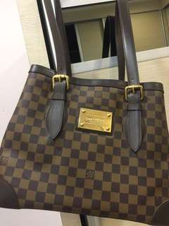 Louis Vuitton Hampstead MM tote bag