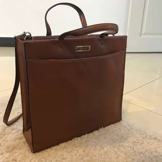 Vintage bag with long strap