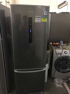 Panasonic Inverter 282l 4 Ticks fridge / refrigerator