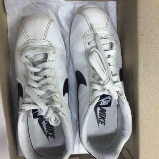 Nike cortez leather bw sz 39