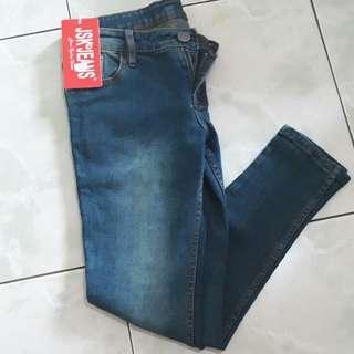 Celana jeans new