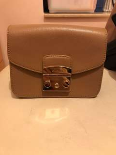 Furla Metropolis Mini Crossbody Bag in colour Cappuccino
