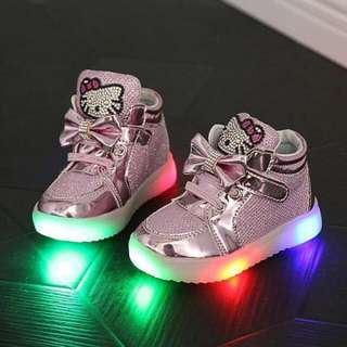 LAMP SHOES HELLO KITTY