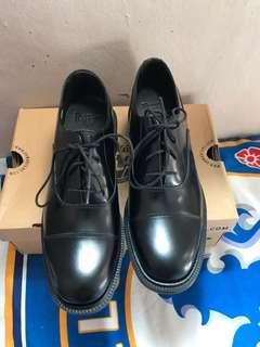 Sepatu Docmart Dr. Martens Original Henrietta Black Noir Size 38