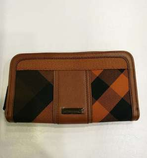 BrandNew burberry long Wallet