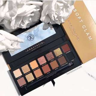 ✨INSTOCK SALE: ANASTASIA BEVERLY HILLS EYESHADOW IN SOFT GLAM