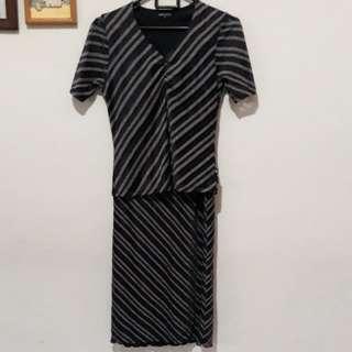 Dress Simplicity2