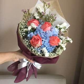 Surprise fresh flowers bouquet 💐