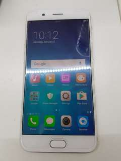 Oppo r11 64gb gold used 7 month old