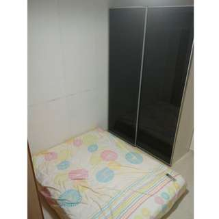 By Owner, Aircon Common Bedrooms Available Now