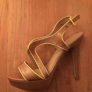 Aldo tan leather heels with platform