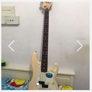 Fender precision bass Mexico Model (#013-6100)