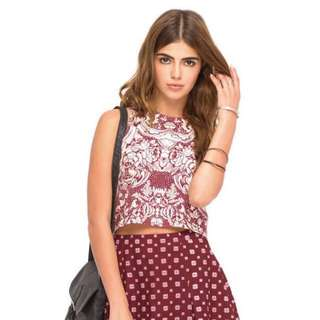 authentic motel carmen maroon red paisley patterned sleeveless crop top 🌻