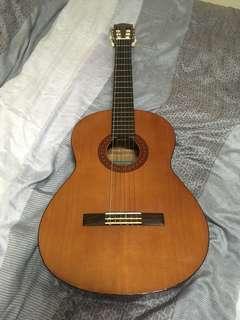 Pre-Loved Yamaha Guitar C40