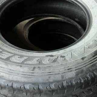 Used tyre tayar terpakai 265/70/16