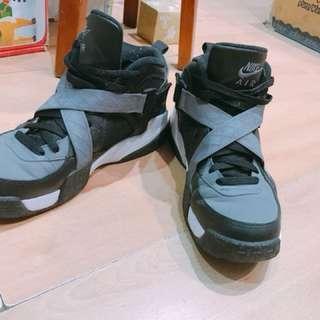 🚚 Nike X戰警 air raid us7 25cm黑色籃球鞋
