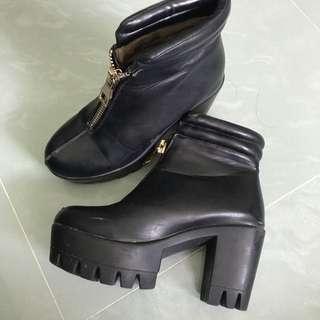 韓國厚底 羊仔皮短boot