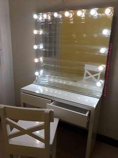 Fab Vanity Table and Vanity Mirror - Vanity dresser