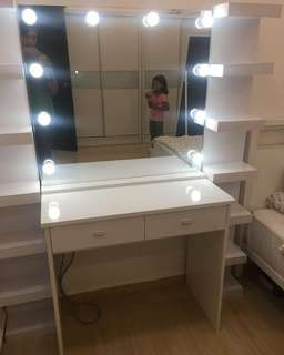 Vanity Dresser - Vanity table wirh Vanity Mirror