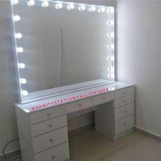Vanity Table - vanity dresser with vanity mirror