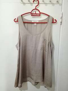Taupe tank with front pocket