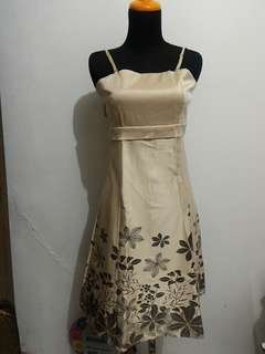 Dress/Mini Dress Cantik dan Glossy