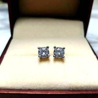 日本四爪閃亮水晶防敏感耳環 Brand New Japan Four Claws Shiny Crystal Sensitive Earrings