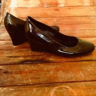 Parisian Wedge Black Shoes