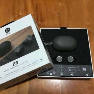 原廠保養期內:(灰色)B&O Play Beoplay E8 wireless earbuds