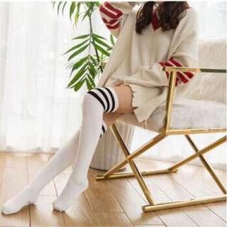 [Instocks] Knee High Schoolgirl Socks