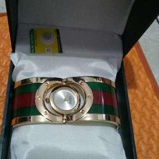 Gucci Jam tangan wanita