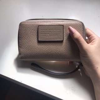 Marc Jacobs wristlet wallet