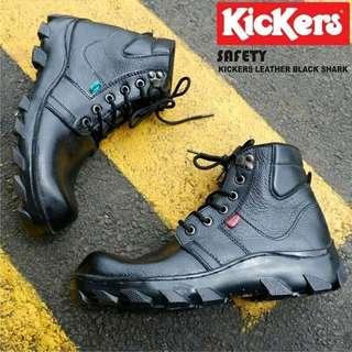 Sepatu safety kulit merk kickers