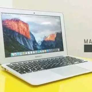 "Apple Macbook Air MJVM2 11"" intel i5 Ram 4gb free.."