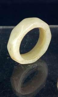 清代 - 白玉菱面戒指