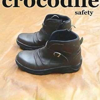 Sepatu Safety kulit Crocodile