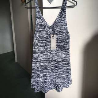 Knitted singlet