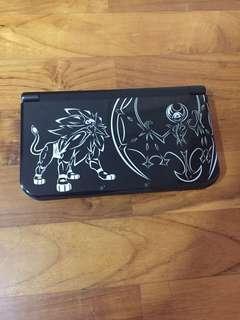 Nintendo 3DS XL Solgaleo and Lunala Edition