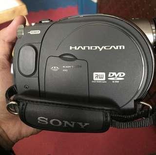 SONY HANDYCAM DCR-DVD305