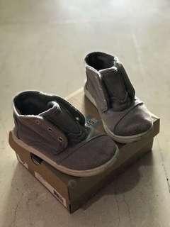 Toms shoes (kids)