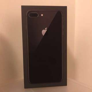 Iphone 8 plus box