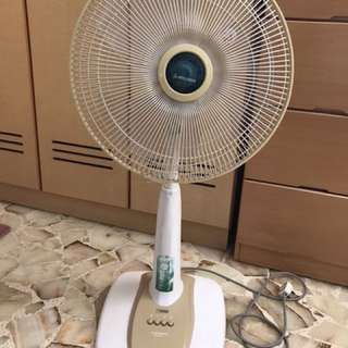 Standing Fan /  or  Table Fan (MITSUBISHI)