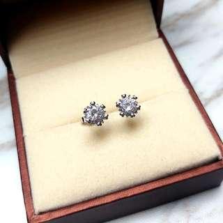 日本六爪閃亮水晶防敏感耳環 Brand New Japan Six Claws Shiny Crystal Anti-Sensitive Earrings