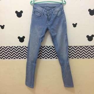 Celana Panjang Jeans Burberry
