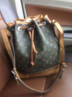 Tas serut LOUIS VUITTON made in France