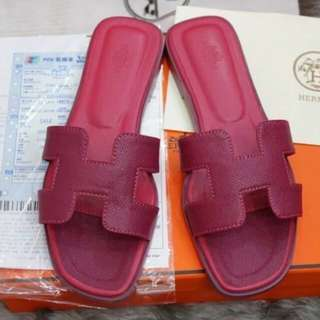 Hermes sandals (h)