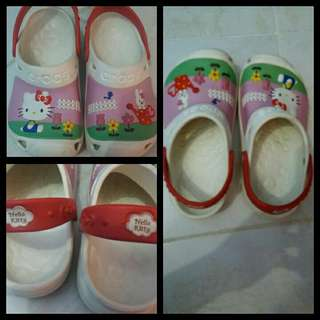 Auth Crocs hello kitty size 3.5 kids