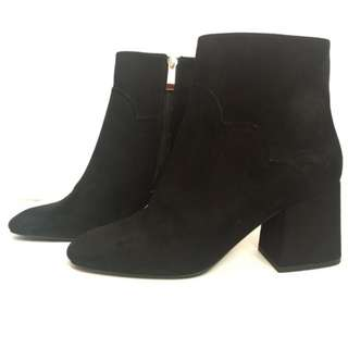 ZARA High Heel Ankle Boots with Wavy Detail