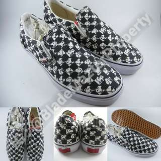 Sepatu Kets Vans Slip On X Peanuts Collections Snoopy Checkerboard Black White Hitam Putih