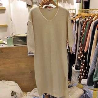 正韓 東大門 米白色針織毛衣開叉洋裝